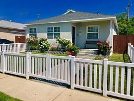 17743 Martha St, Encino, Ca 91316 House For Rentrent Zestimate®