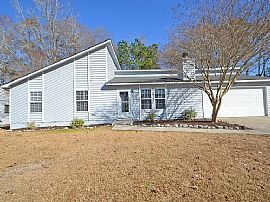 4614 Moss Ct, North Charleston, SC 29420