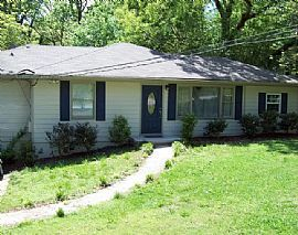 Renovated 4 Bed/2bath Ranch Available For Rent !!  Lots Of