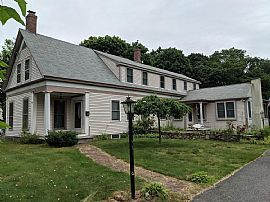 438 Pond St, Weymouth, Ma 02190