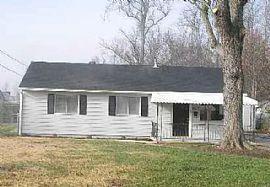 9620 Anita Blvd, Louisville, Ky 40272 For $600/m Deposit $600