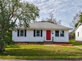 3835 Hottinger Ave, North Charleston, Sc 29405 Rent IS $750
