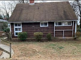 2223 Luzerne Ave, Silver Spring, Md 20910 Rent Is $1400
