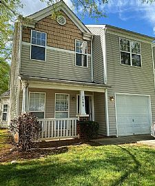 Good Looking Home Located At5580 Franklin Springs Cir,charlott