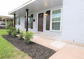 Beautifull Remodeled Home in Meredith Manor.Don'T Miss This Gem