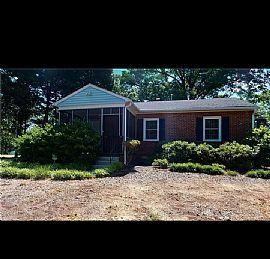 1450 Cortland Rd, Charlotte, NC 28209