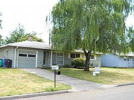 3 Bedroom, 2 Bath Portland Home For Rent