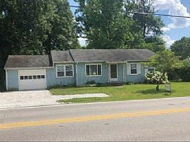 525 E 106th St Indianapolis, 46in 280 $600