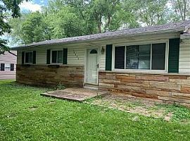 10902 Ruckle St Indianapolis, in 46280 $500