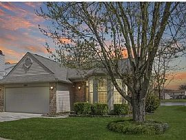 1055 Pine Mountain Way, Indianapolis, in 46229