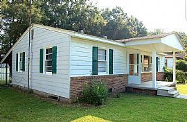138 Stratton Dr, North Charleston, SC 29420