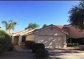 3218 E Laurel Ln, Phoenix, AZ 85028
