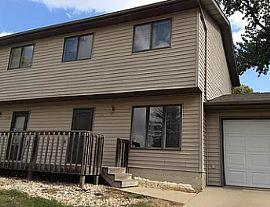 2204 S Holt Ave, Sioux Falls, Sd 57103