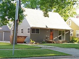 217 2nd Ave E, West Fargo, Nd 58078