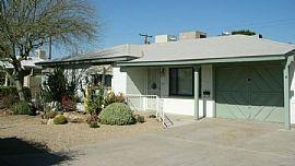 2402 W Rose Ln, Phoenix, AZ 85015