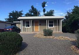 1304 Stanford Dr Ne, Albuquerque, NM 87106