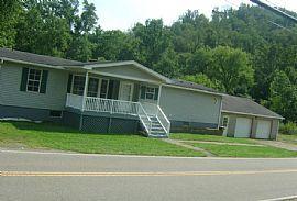 3 Beds 56860 Wegee Rd, Shadyside, Oh 43947