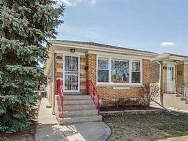 6915 W Berwyn Ave, Chicago, IL 60656