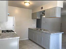 320 Grove St Ne #c, Albuquerque, NM 87108