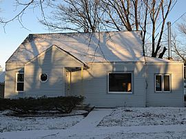 525 Rome Ave, Rockford, Il 61107 Rent $650 and Dep $650