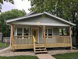 818 S Grange Ave, Sioux Falls, Sd 57104