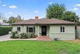 23037 Friar St, Woodland Hills, CA 91367