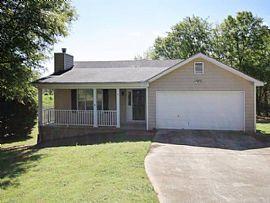 418 Harmony Ln, Auburn, GA 30011
