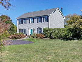 Peaceful Home For Rent: 42 Miller St, Middletown, Ri 02842