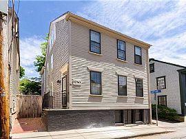 26 Thames St, Newport, RI 02840