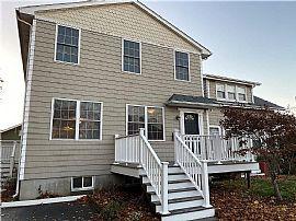 65 Hatfield St, Pawtucket, RI 02861