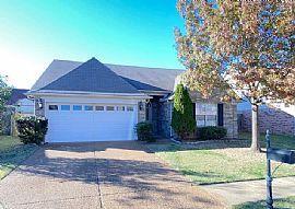 4767 Bloomfield Dr, Memphis, TN 38125