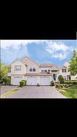 2140 Orchard Ln, Carpentersville, IL 60110