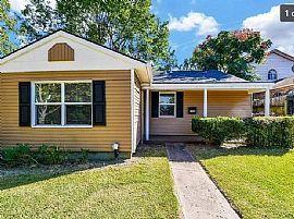 7726 Tipps St, Houston, Rent 800 Deposit 800 ToTAL 1600