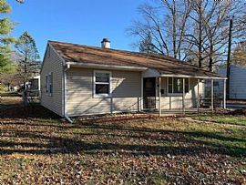 1402 S Cottage Grove Ave, Urbana, IL 61801