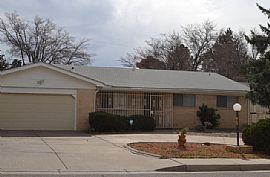 8708 Harwood Ave Ne, Albuquerque, NM 87111