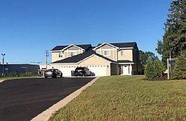 Luxury House. 729 N Waldoch Dr, Appleton, WI 54913