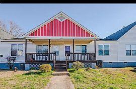 307 Hoskins Mill Ln #h, Charlotte, NC 28208