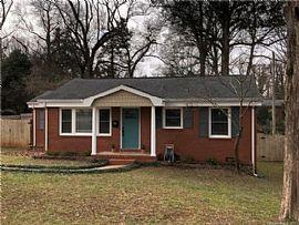 4220 Hammett St, Charlotte, NC 28205