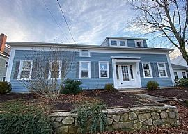 Awesome Spacious 3 Bedroom House. 158 Danielson Pike, Scituate,