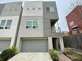 Charming 3 Bedroom Townhouse
