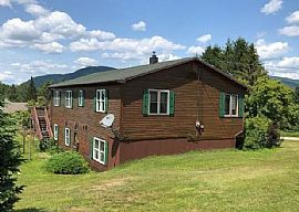 278 Dale Ave, Island Pond, VT 05846