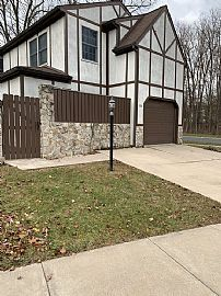 104 Westminster Ct State College, PA 16803