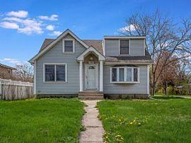 726 N Indiana St, Elmhurst, IL 60126