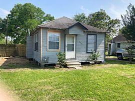 2300 Carolina St, Baytown, TX 77520