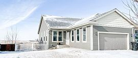 3217 Long Branch Ave, Williston, ND 58801