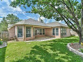 16722 Coyotillo Ln, Houston, TX 77095