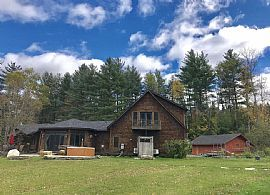 Best Spacious House. 54 Lower Judson Ln, Stowe, VT 05672