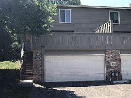 2105 Kings Valley Rd W, Golden Valley, MN 55427