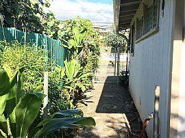 2153 Wilder Ave, Honolulu, HI 96822