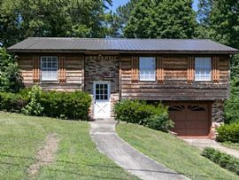 2706 3rd St Nw, Center Point, AL 35215
